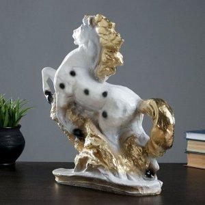 """Фигура """"Конь"""" 34х33см белый с золотом"""