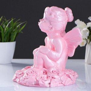 """Фигура """"Девочка на розах"""" перламутр розовый 22х17см"""
