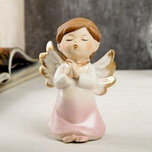 "Сувенир керамика ""Ангел-малыш в перламутро-розовом платье - молитва"" 9,7х6х6,7 см"