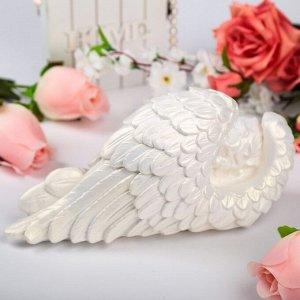 """Статуэтка """"Ангел в крыле"""", белая, 30 см х 14 см х 20 см"""