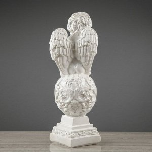 """Статуэтка """"Ангел на шаре"""", с узором, белая, 35 см"""
