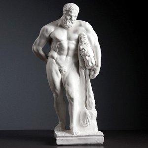 "Фигура ""Геракл"" белый 20х23х48см"