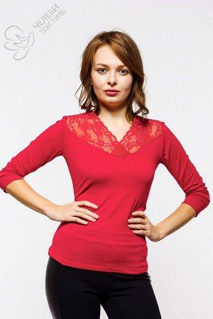 Блузка Блузка женская прилегающего силуэта с втачным рукавом. Вырез горловины оформлен кружевом. Состав — 95% вискоза, 5% лайкра Оттенок цвета изделий может отличаться от представленного на фото