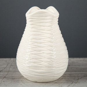 """Ваза настольная """"Бутончик"""" белая. 13 см. керамика"""