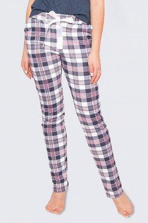 Оригинальные женские брюки в клетку