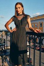 Утонченное платье с оборками