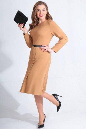 Платье Платье Golden Valley 4634 кешью  Состав ткани: Вискоза-26%; ПЭ-70%; Спандекс-4%;  Рост: 170 см.  Платье без воротника, с круглым вырезом горловины, застежкой на потайную молнию в среднем шве с