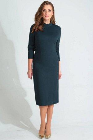 Платье Платье Golden Valley 4622  Состав ткани: Вискоза-26%; ПЭ-70%; Спандекс-4%;  Рост: 170 см.  Платье с отрезным воротником- стойкой, застежкой на потайную молнию в среднем шве спинки. Платье отре