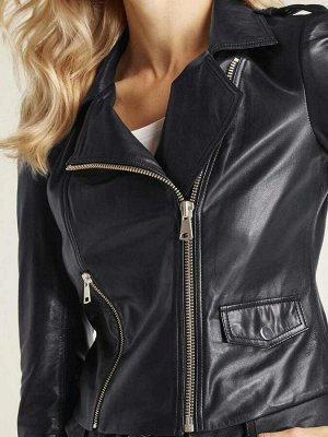 Кожаная куртка, черная