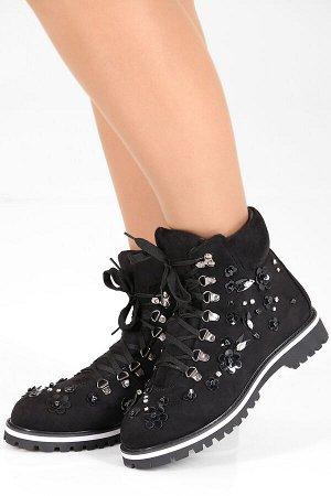 Черный Высота каблука: 3 см. Высота голенища: 13 см. Полнота: средняя. Декор: стразы, аппликация. Застежка: шнурки. Утеплитель: искусственный мех. Материал верха: текстиль. Материал подошвы: термоплас