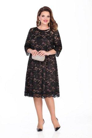 Платье Платье TEZA 249 черный  Состав ткани: Вискоза-20%; ПЭ-80%;  Рост: 164 см.  Платье в романтическом стиле трапециевидного силуэта с втачным рукавом. Платье выполнено из ажурного кружева. По пере