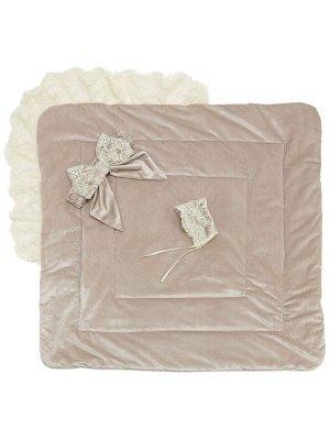 """Конверт-одеяло на выписку """"Блюмарим"""" (бежевый с молочным кружевом, стразами и бантом)"""