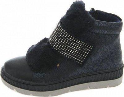(2023) Большой пристрой обуви, одежды и товаров для дома. — Обувь — Для девочек