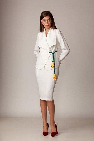 Женский костюм жакет и юбка