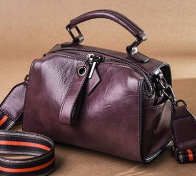 По просьбам! Любимые Водолазки и платки от 196 руб — Кожаные сумки — Клатчи
