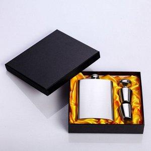 """Подарочный набор """"Стриктен"""" 6 в 1: фляжка 240 мл, 2 рюмки, воронка"""