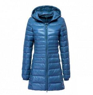 Женская удлиненная ультралегкая куртка  С КАПЮШОНОМ, цвет темно-голубой