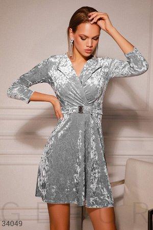 Бархатное платье с драпировкой
