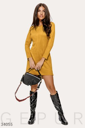 Замшевое платье горчичного цвета