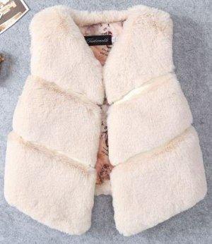 1946  Меховая жилетка для девочки ( маломерит)