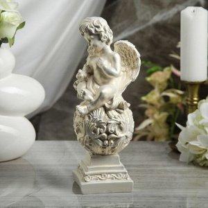 """Статуэтка """"Ангел на резном шаре"""", с голубкой, перламутровая, 29 см"""