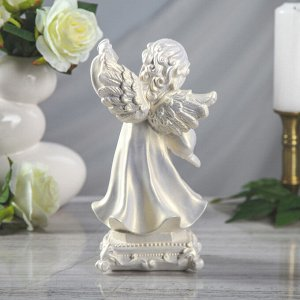 """Статуэтка """"Ангел с фонарем"""", перламутровая, 26,5 см"""