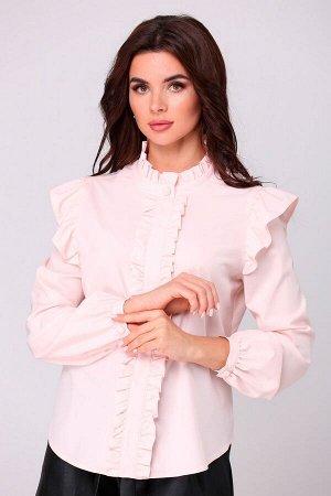 Блузка ПЭ - 100% Рост: 164 см. Блузка женская молодёжная полуприлегающего силуэта, из блузочной ткани. По горловине стойка с рюшей, по переду с застёжкой на пуговицу и петлю, сзади на навесную петлю и