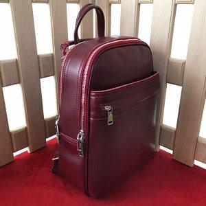Стильный рюкзак-трансформер Megapolis формата А4 из натуральной кожи винного цвета.