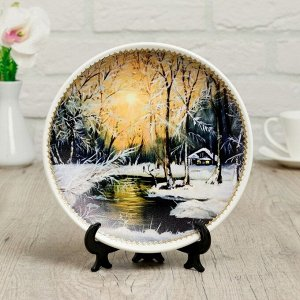 Тарелка декоративная «Зимний лес», с рисунком на холсте, D = 19,5 см