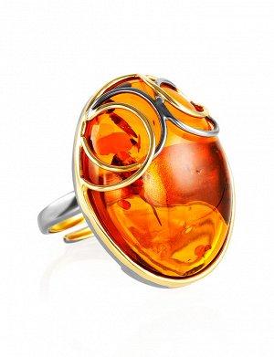 Яркое овальное кольцо из позолоченного серебра и цельного коньячного янтаря «Меридиан», 910008550
