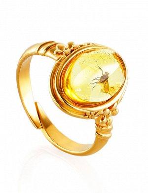 Изящное кольцо «Клио» из золочённого серебра и янтаря с инклюзом насекомого, 910008456