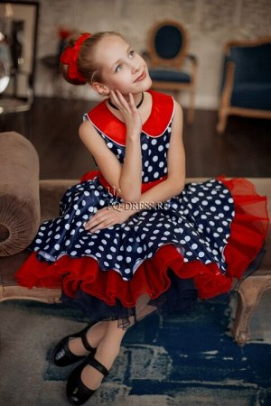 Платье Пышное платье в стиле стиляг. Материал атлас, сетка, подклад верха хлопок. Пояс съемный, завязывается сзади на бант. По спинке молния. *** Замеры платья р.28: обхват груди 28см*2, о