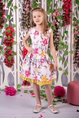 Платье Нарядное платье с пышным подъюбником. По спинке молния. *** На фото девочка рост около 112 см, платье размер 28