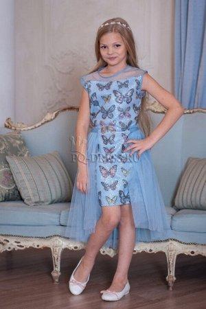Платье Нарядное платье из очень красивой итальянской переливающейся ткани с пайетками. Платье приталенного силуэта, по спинке молния. Оригинальный шлейф-юбочка из мягкого фатина, придает воздушн