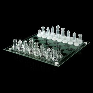 Шахматы настольные, стеклянная доска 24?24 см, прозрачная