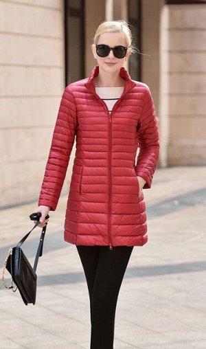 Женская удлиненная ультралегкая куртка, цвет красный