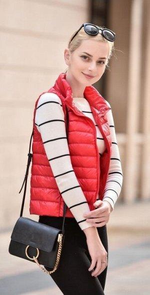 Женский ультралегкий жилет, цвет красный