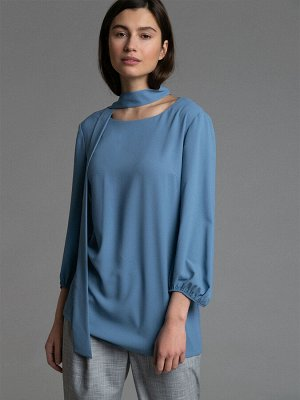 Однотонная блузка