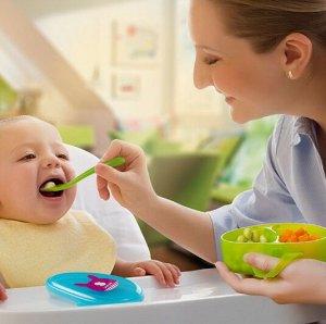 Чашка с ложкой для кормления ребенка