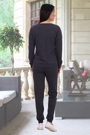 Костюм Бренд Натали. Ткань: кулирка Состав: 50% хлопок, 50% полиэстер Костюм женский состоит из кофты и брюк. Кофта прямая, длинный спущенный рукав на манжете, горловина круглая, обработана окантовкой