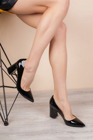 Хорошие туфли, натуральная кожа (лак)