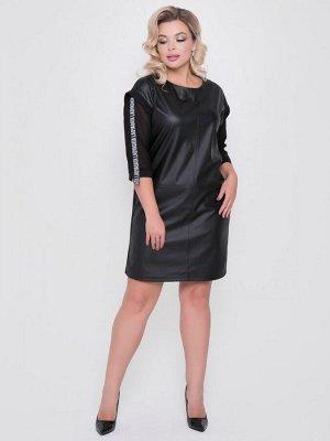 Платье Платье прямого силуэта из экокожи, трикотажа и сетки черного цвета. - круглый вырез горловины на внутренней обтачке - рукава из сетки, втачные, со спущенной линией плеч, длиной 3/4, декориров