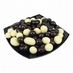 Ассорти орехово-ягодное в белой и темной шоколадной глазури