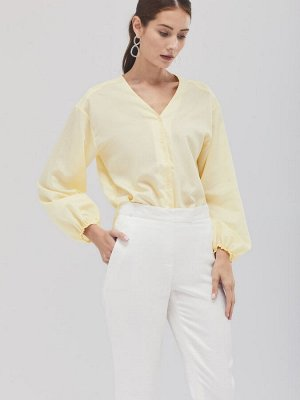 Блуза с объёмными рукавами