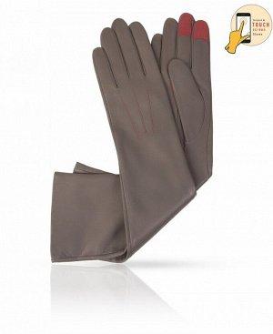 Перчатки Верх: Натуральная кожа ягненка Подкладка: Натуральный шелк Бренд: MICHEL KATAN? Производство: Венгрия Цвет: классический серый  Удлиненные перчатки с функцией touch screen - новинка бре