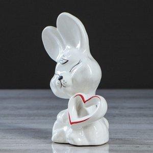"""Сувенир """"Заяц с сердцем"""" 16 см"""