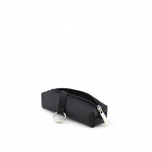 Ключница Ключница, объемной формы. Выполнена из экокожи. Эргономичная конструкция позволяет быстро извлечь ключи. Застегивается на молнию. Предназначена для ключей до 14 см.