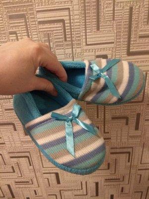 Новые носочки-тапочки для девочки голубые