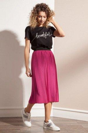 Юбка миди Полиэстер 100%. Рост: 170 см. Оригинальная плиссированная юбка из легкой креповой ткани яркого цвета фуксии на притачном поясе-резинке.