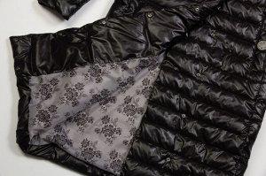 Черный В преддверии холодного периода каждый стремится утеплить собственный гардероб качественной верхней одеждой. Длинные пальто сейчас в тренде, поэтому вы можете смело покупать себе такое изделие н